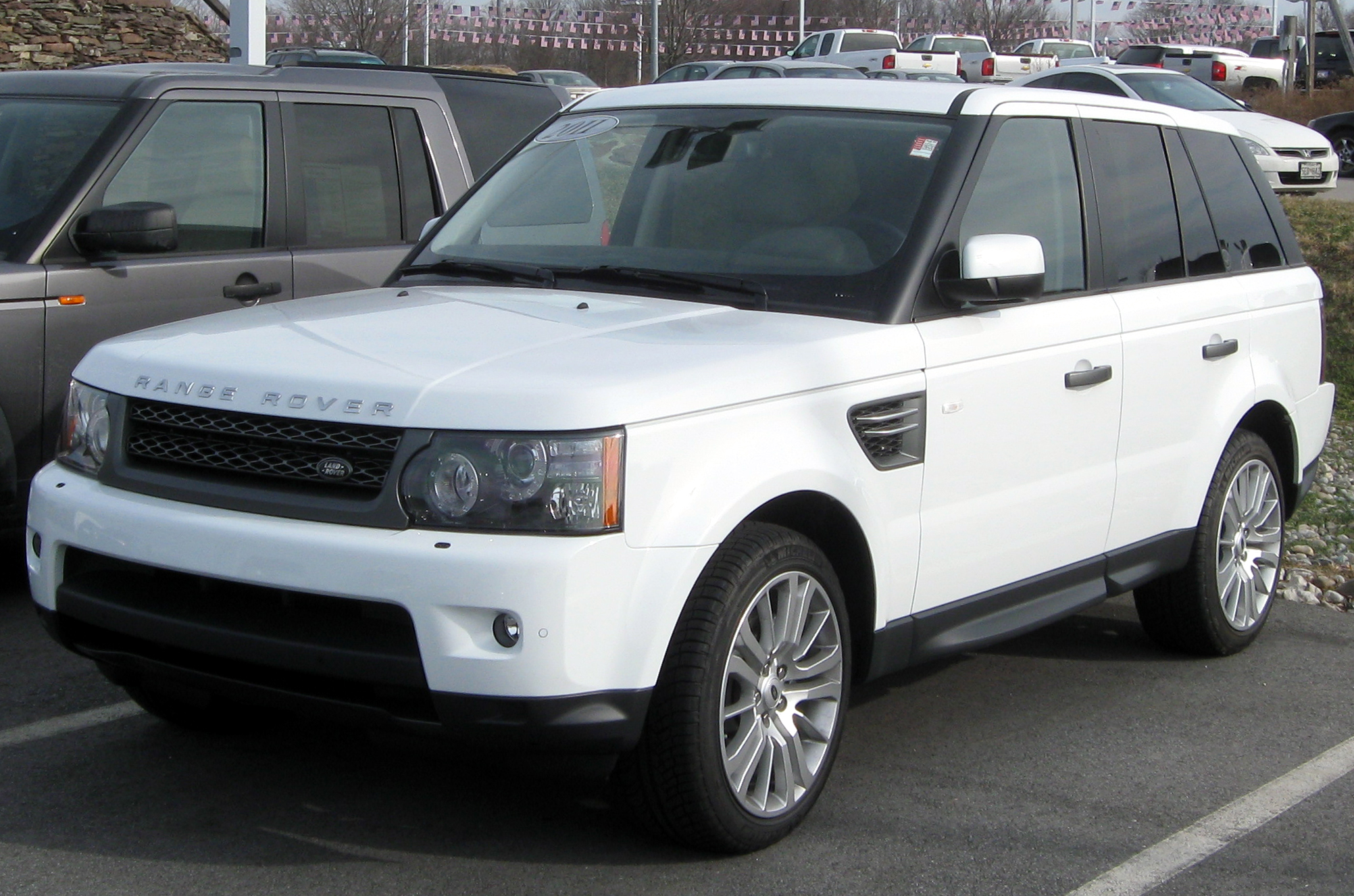 Description 2011 Range Rover Sport -- 12-31-2010.jpg