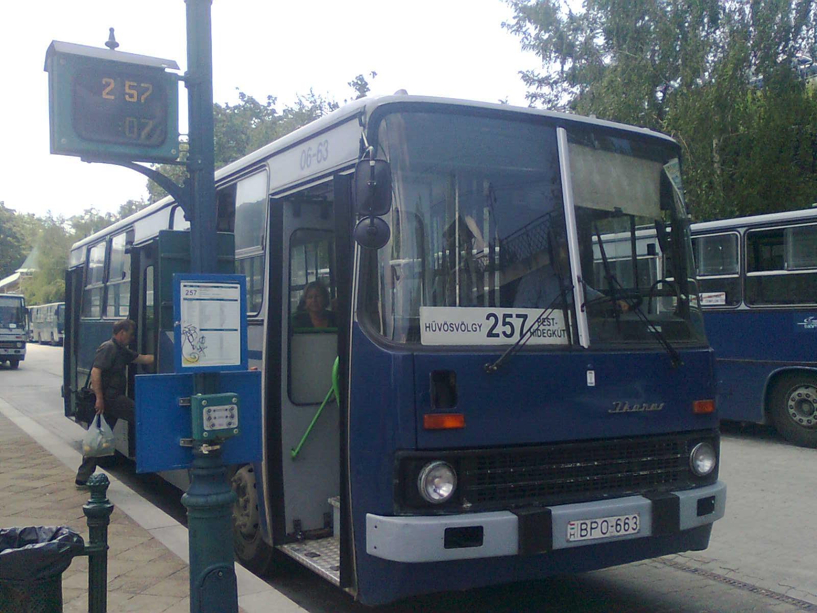 File:257-es busz (BPO-663).jpg