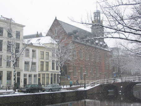 Leiden University (Dutch: Universiteit Leiden), located in the city of Leiden, is the oldest university in the Netherlands