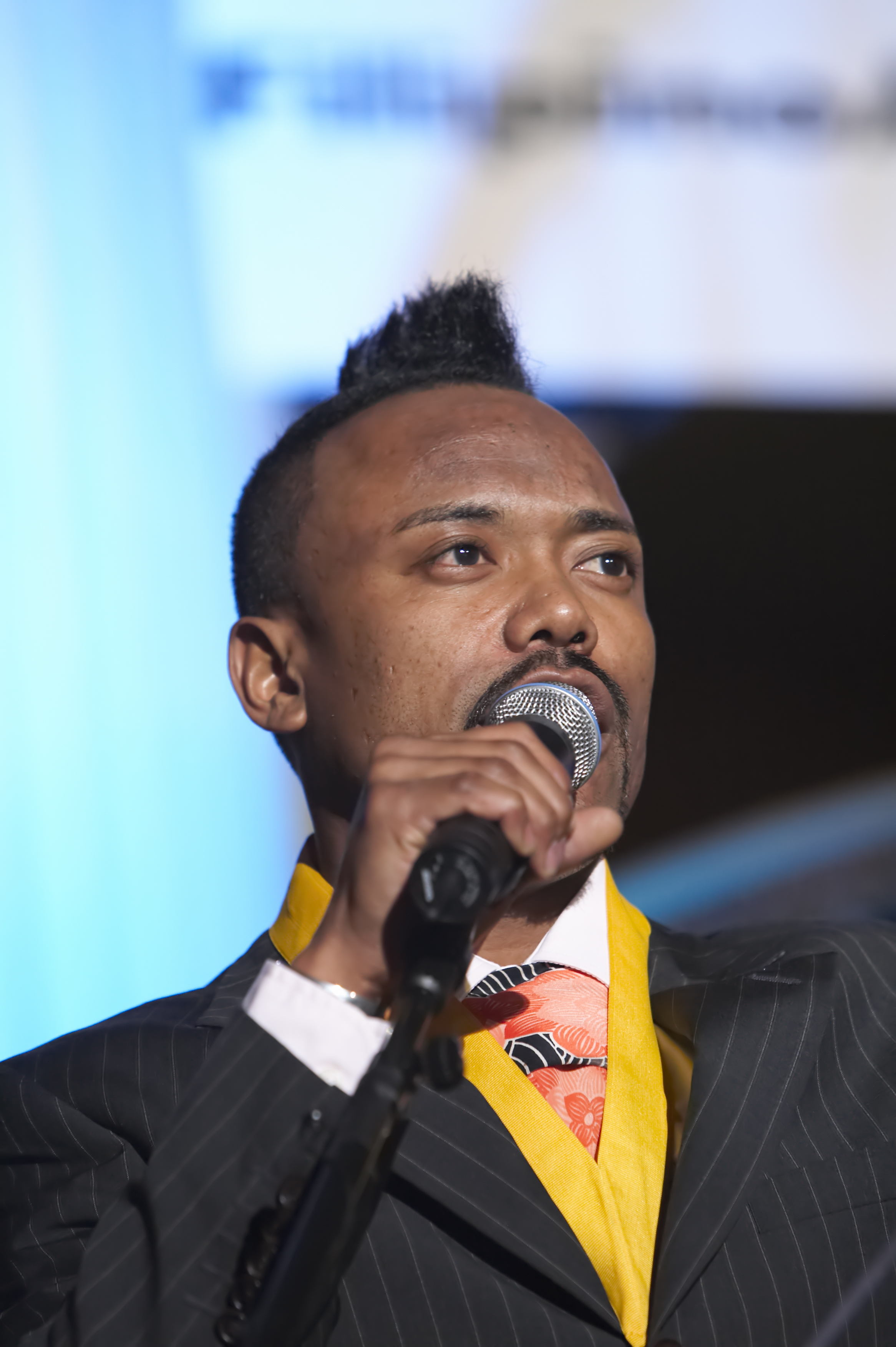 """THE MID-OCTOBER GRAMMYS 