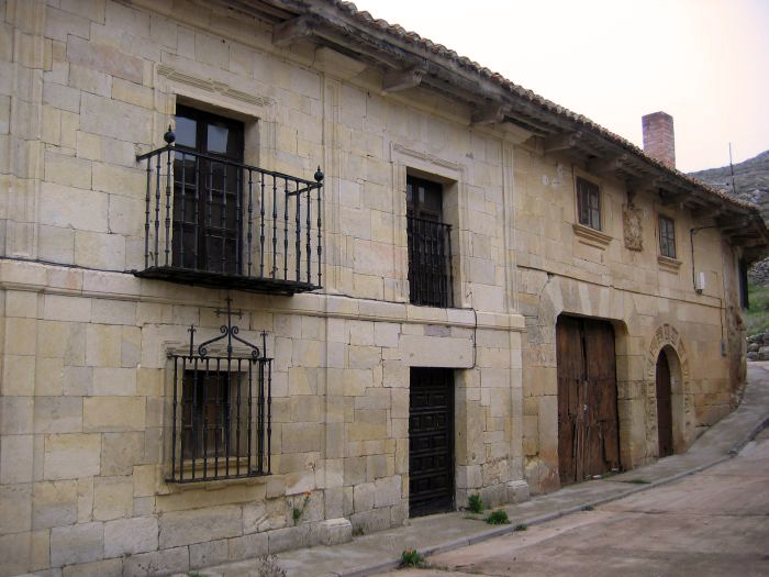 Casa solariega wikipedia la enciclopedia libre - Casas en la provenza ...