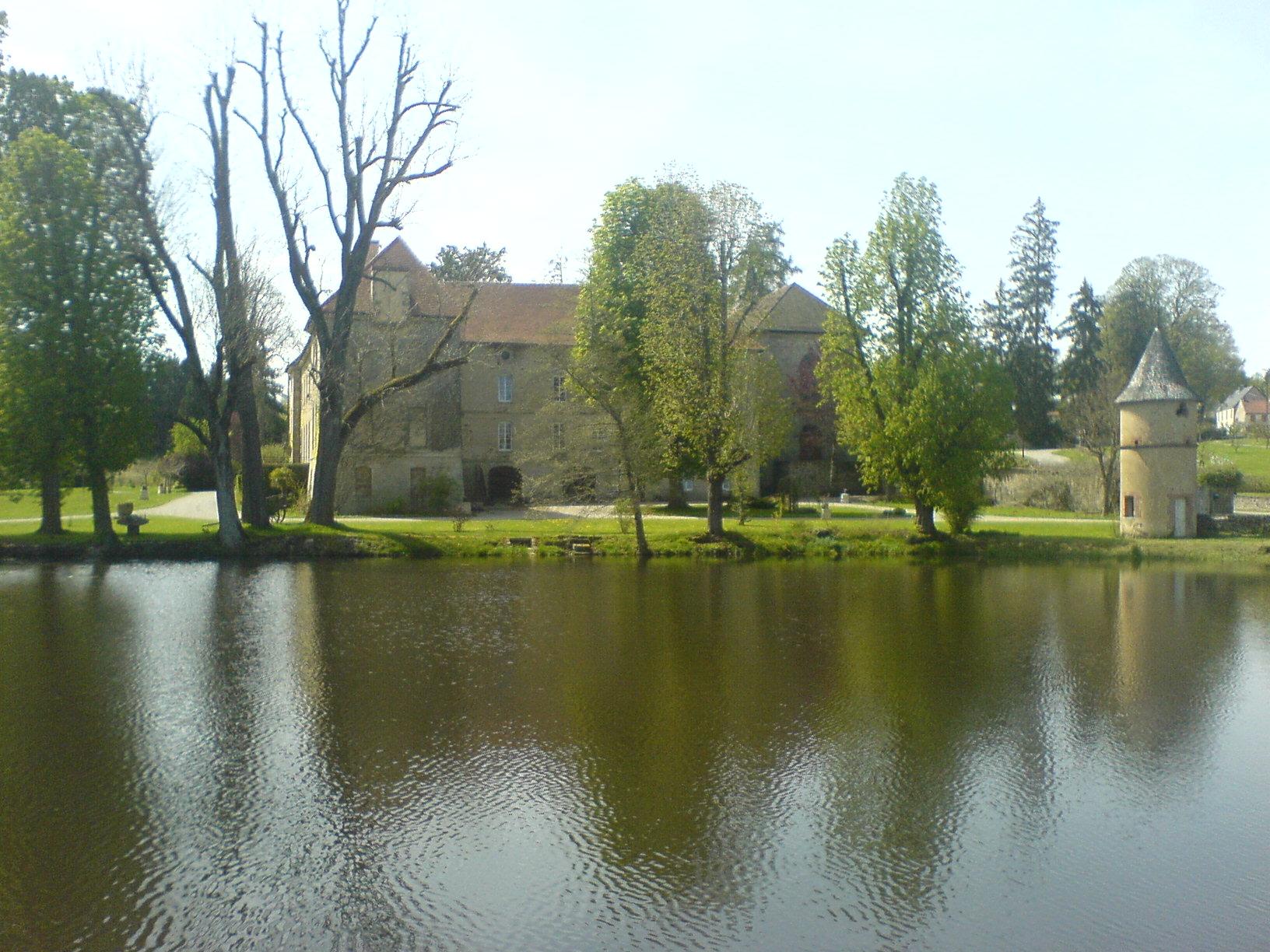 église Lonny GR12 section 1