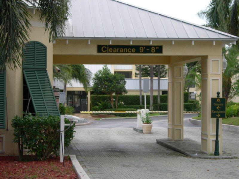 Gated Community – Wikipedia