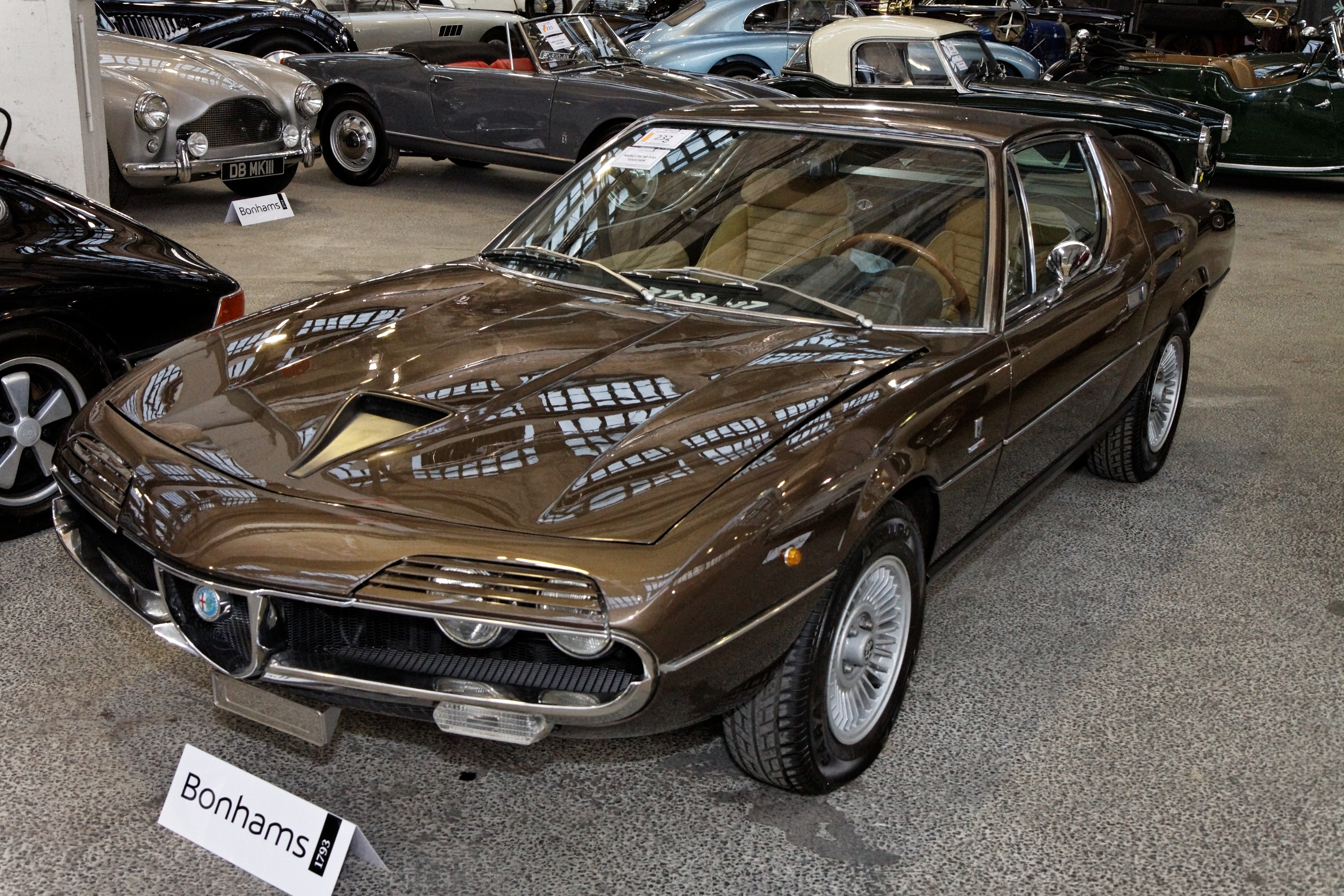 File bonhams the paris sale 2012 alfa romeo montreal for Garage alfa romeo luxembourg