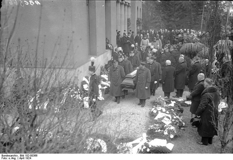 Bundesarchiv Bild 102-00366, Trauerfeier für Hugo Stinnes