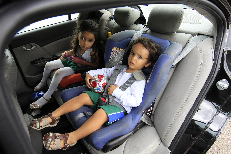 Перевозка детей в автомобиле в 2020 году старше 7 лет
