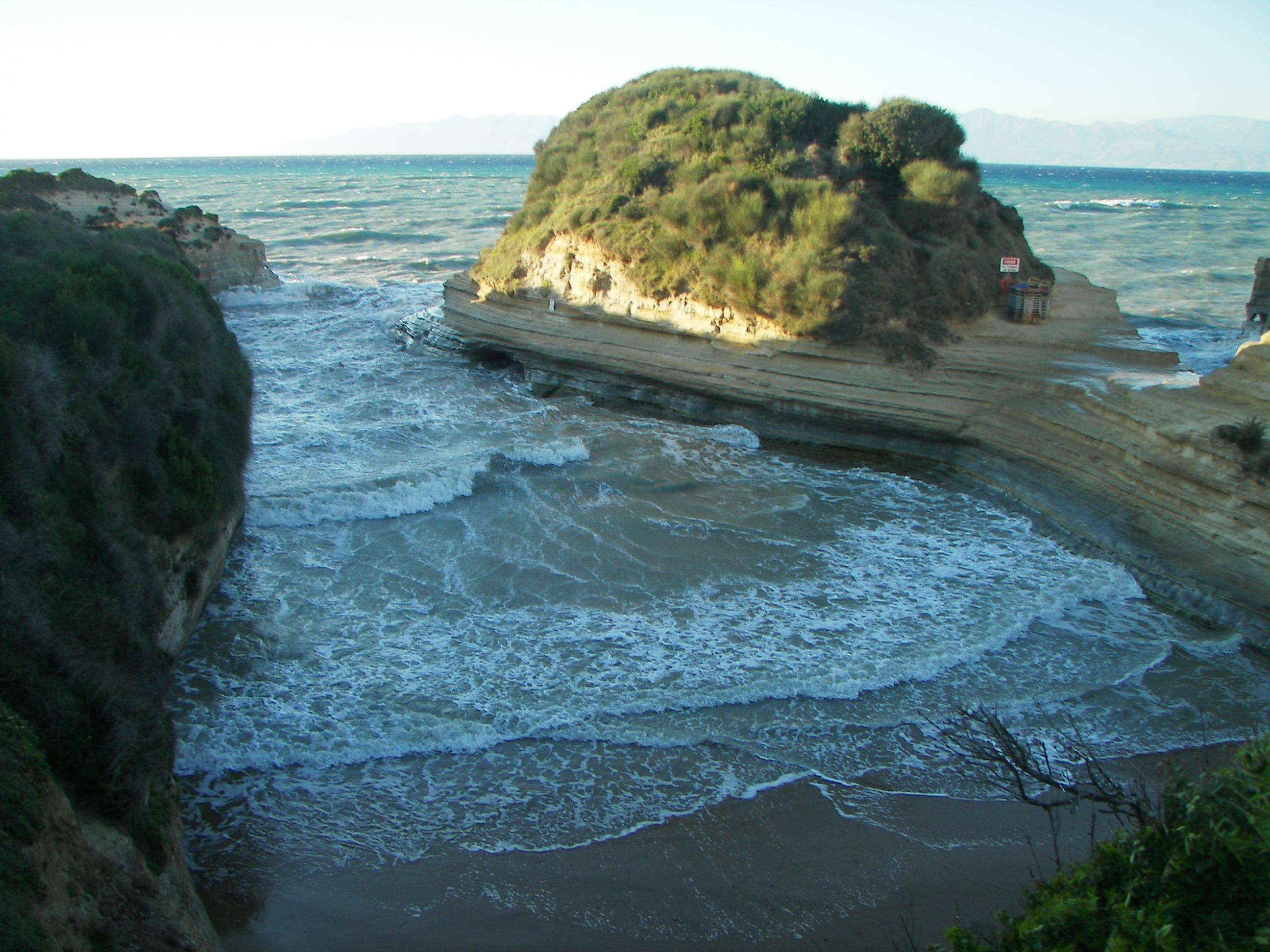 Hotel Caves Beach Resort Eroffnung