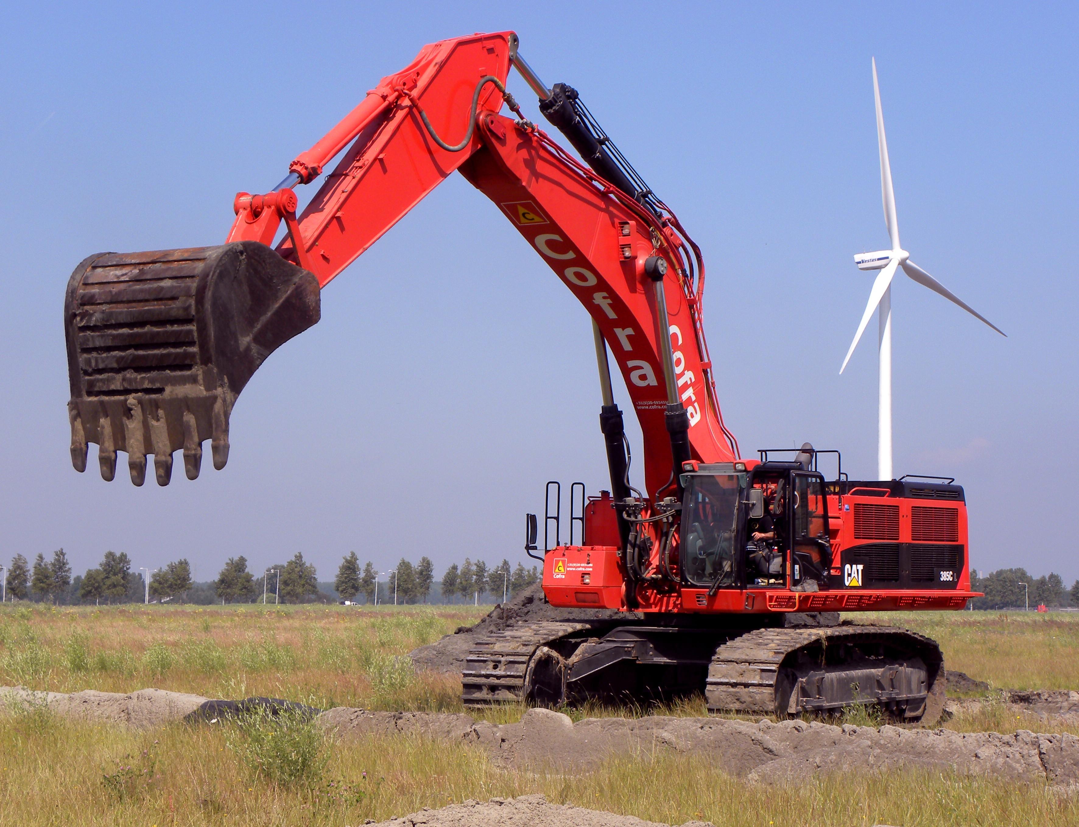 Cat 385 Excavator