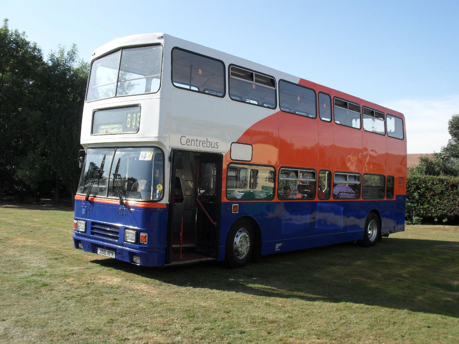 File:Centrebus bus 809 (J198 HFR), Showbus rally 2009 jpg