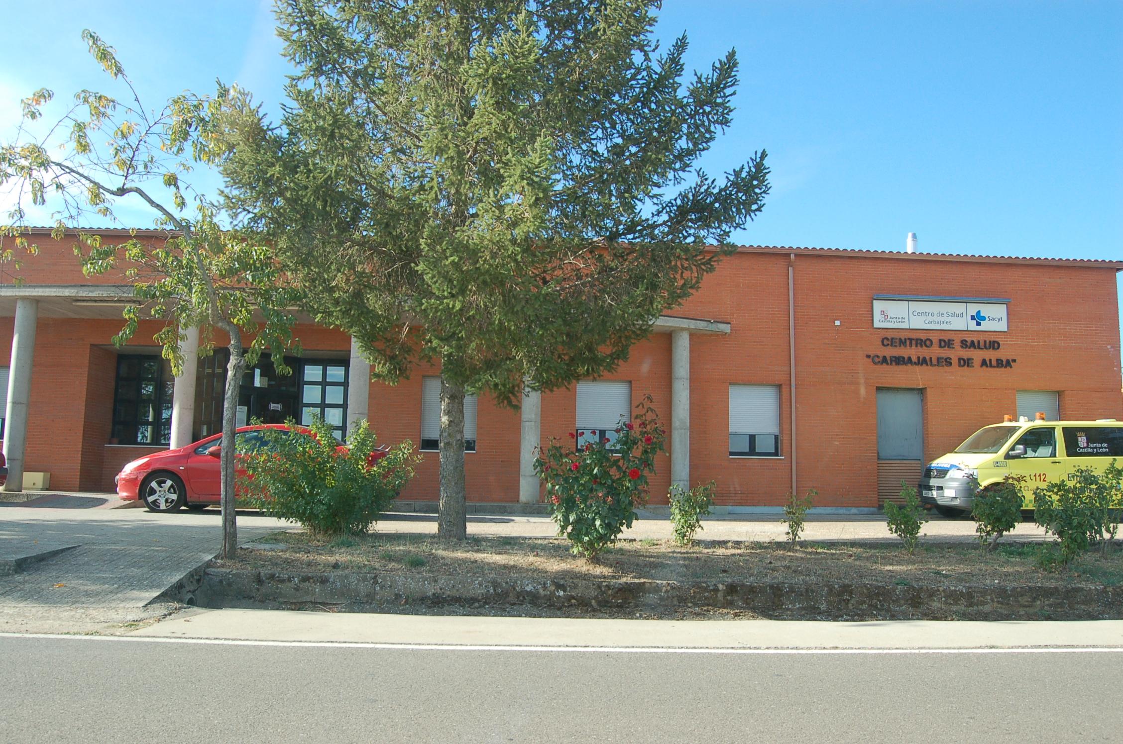 File Centro De Saúde Carbajales De Alba Jpg Wikimedia Commons