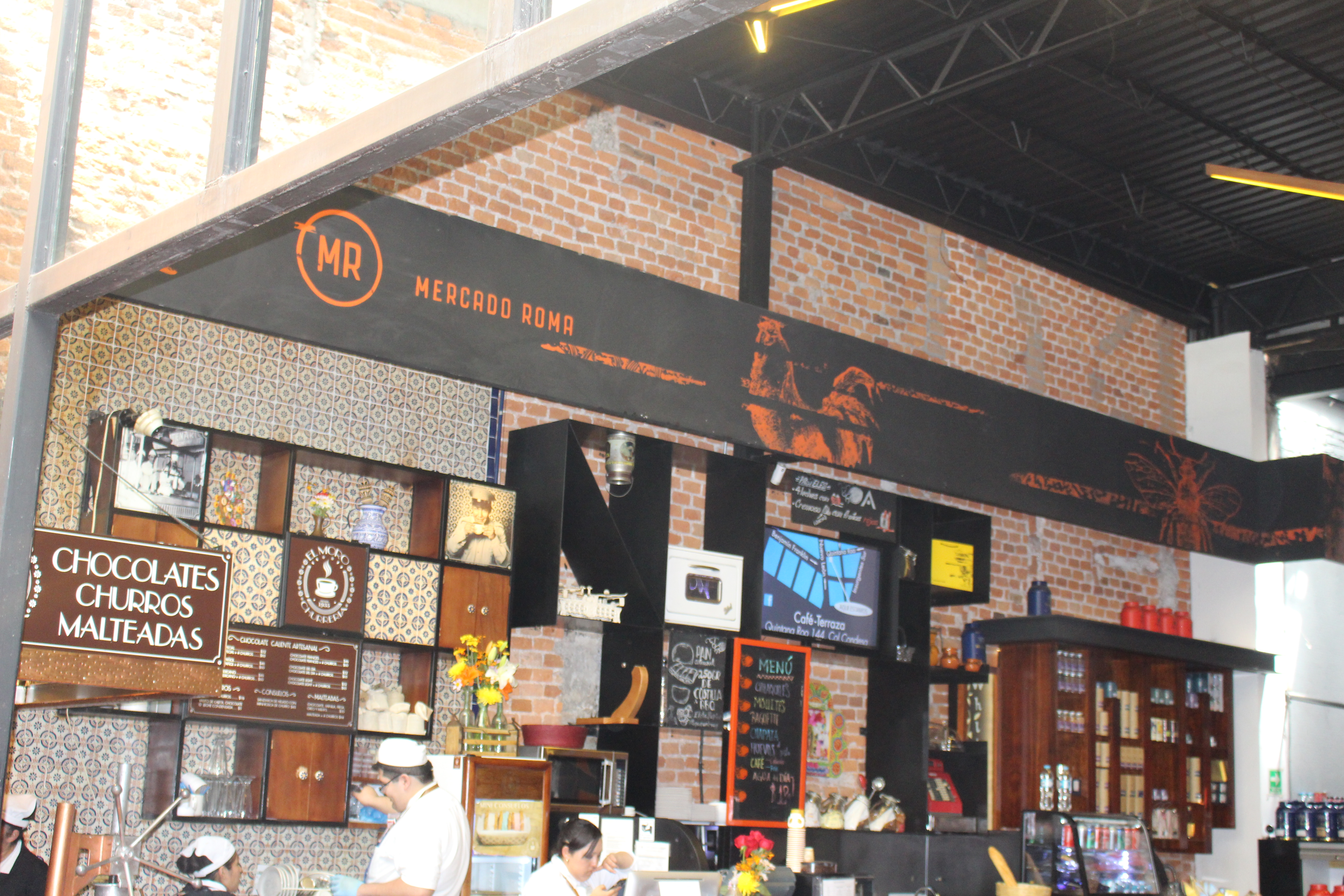 File:Chocolate stand in Mercado Roma en la Colonia Condesa.jpg ...