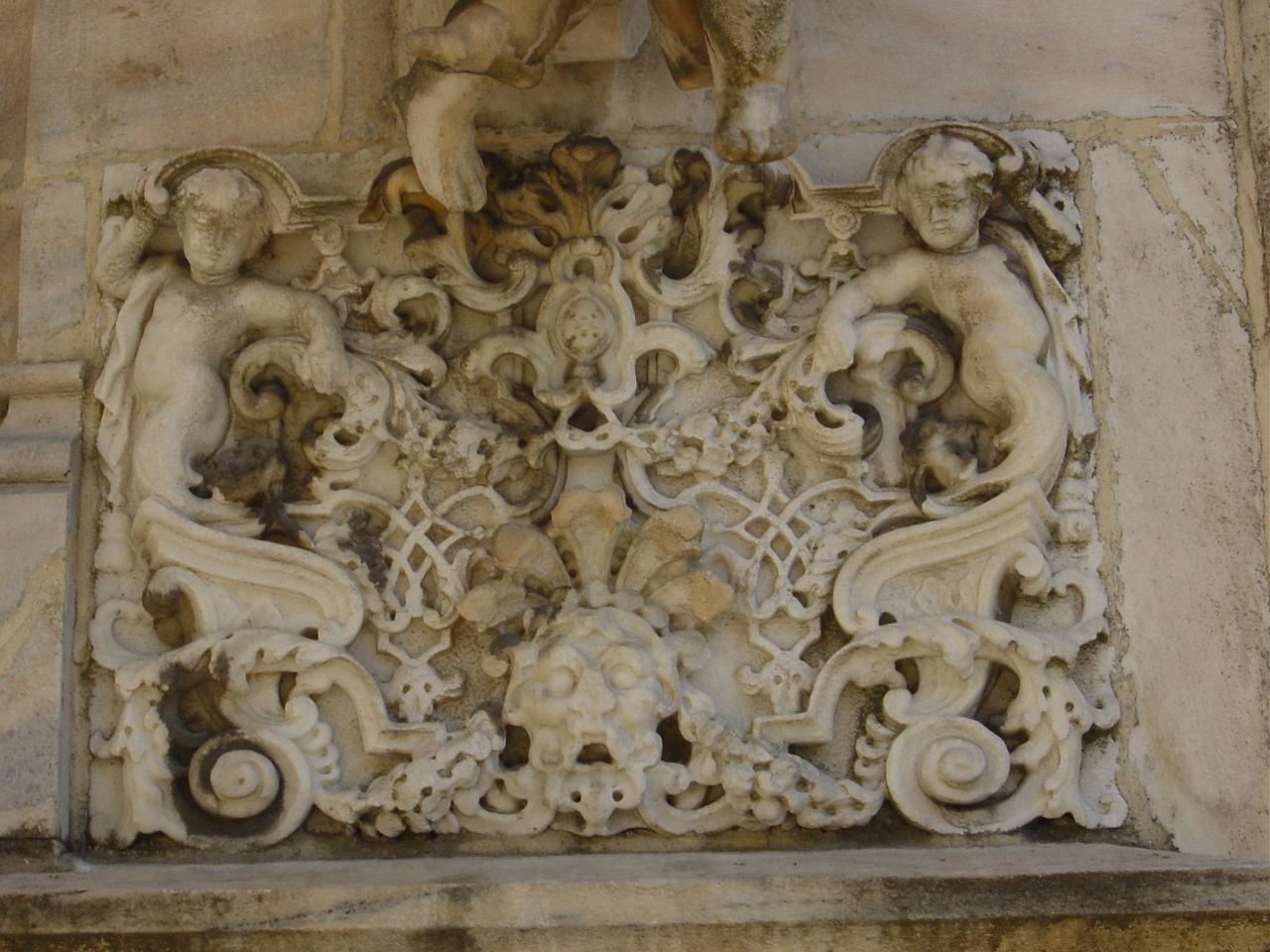 File:DSC08066 - Milano - Duomo - Rilievo barocco sul tetto - Foto ...