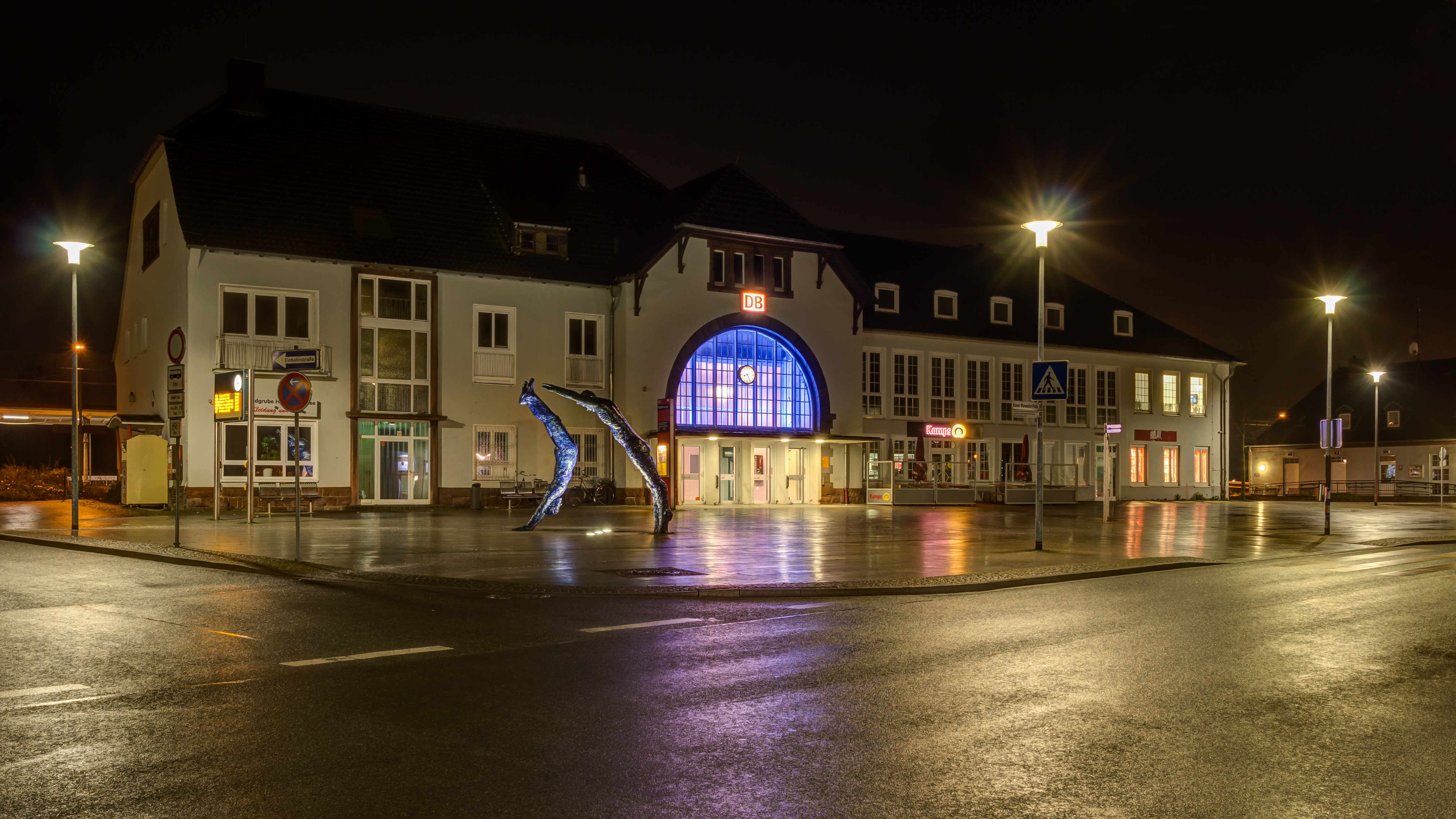 File:Haltern am See, Bahnhof -- 2016 -- 0438-44.jpg ...