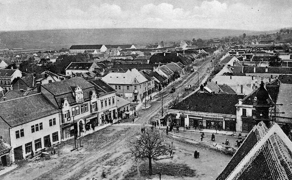 Hlohovec, Slovakia - historicka fotografia - historical picture - panoramio (13).jpg