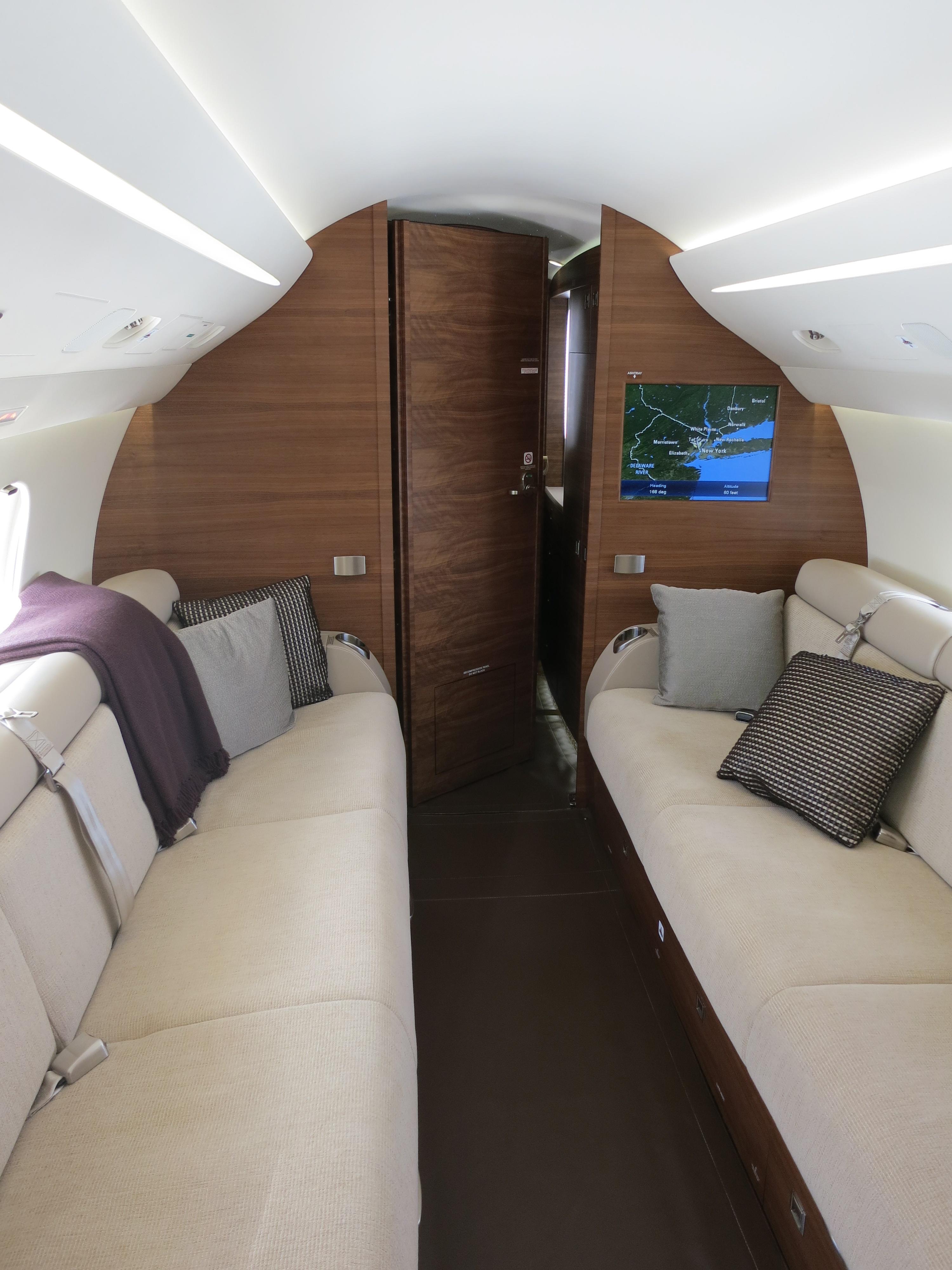 Magnificent Dassault Falcon 7X Cabin 3000 x 4000 · 2095 kB · jpeg