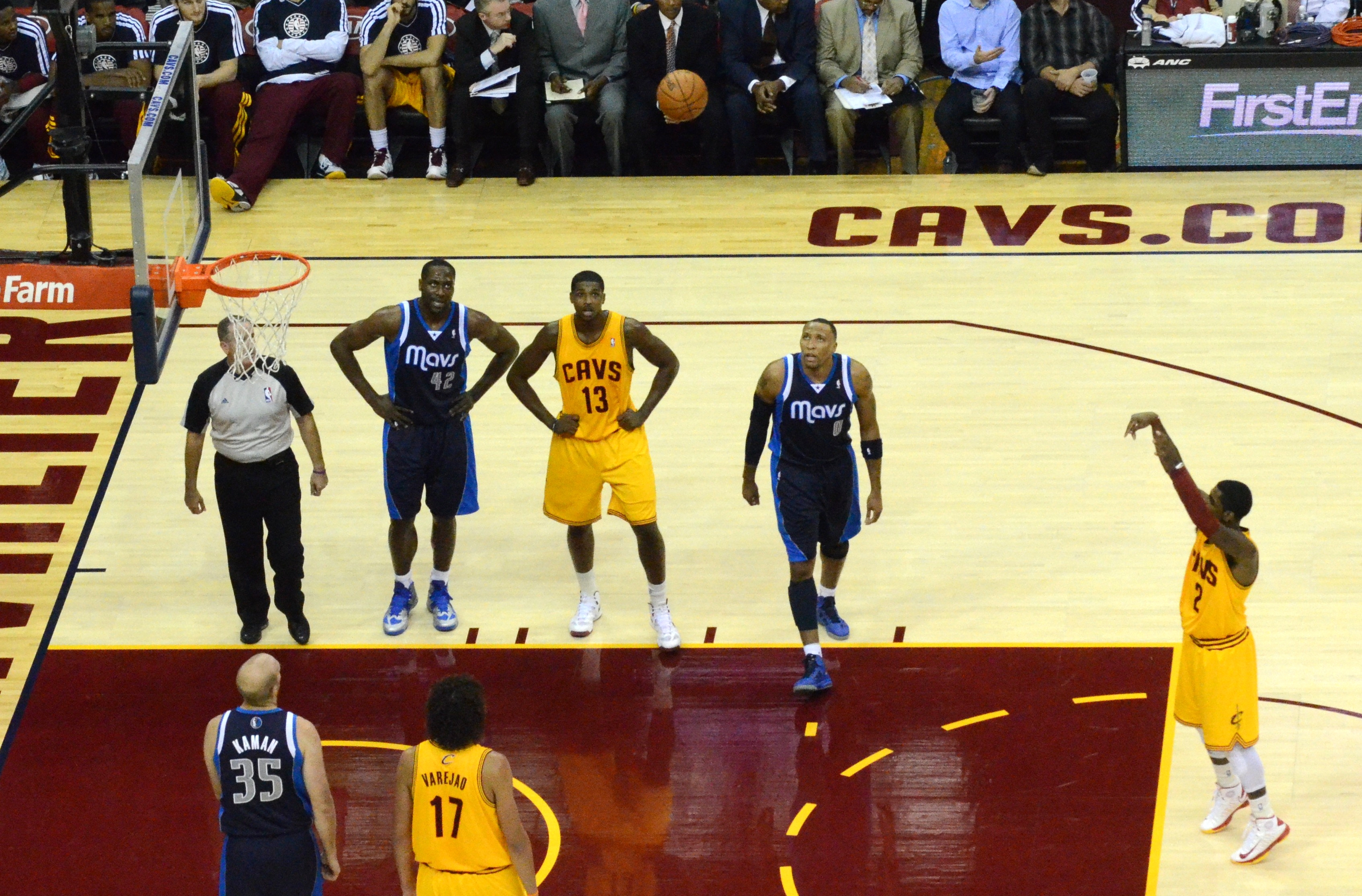 Kyrie Irving Draining Free Throws!!  YouTube