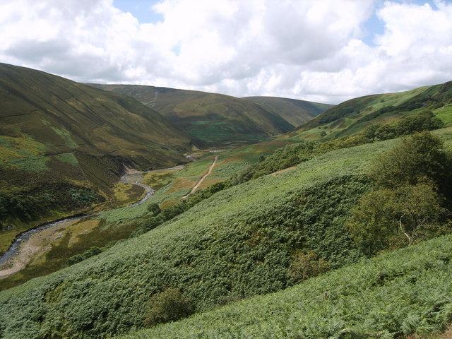 Langden Valley - geograph.org.uk - 1416490