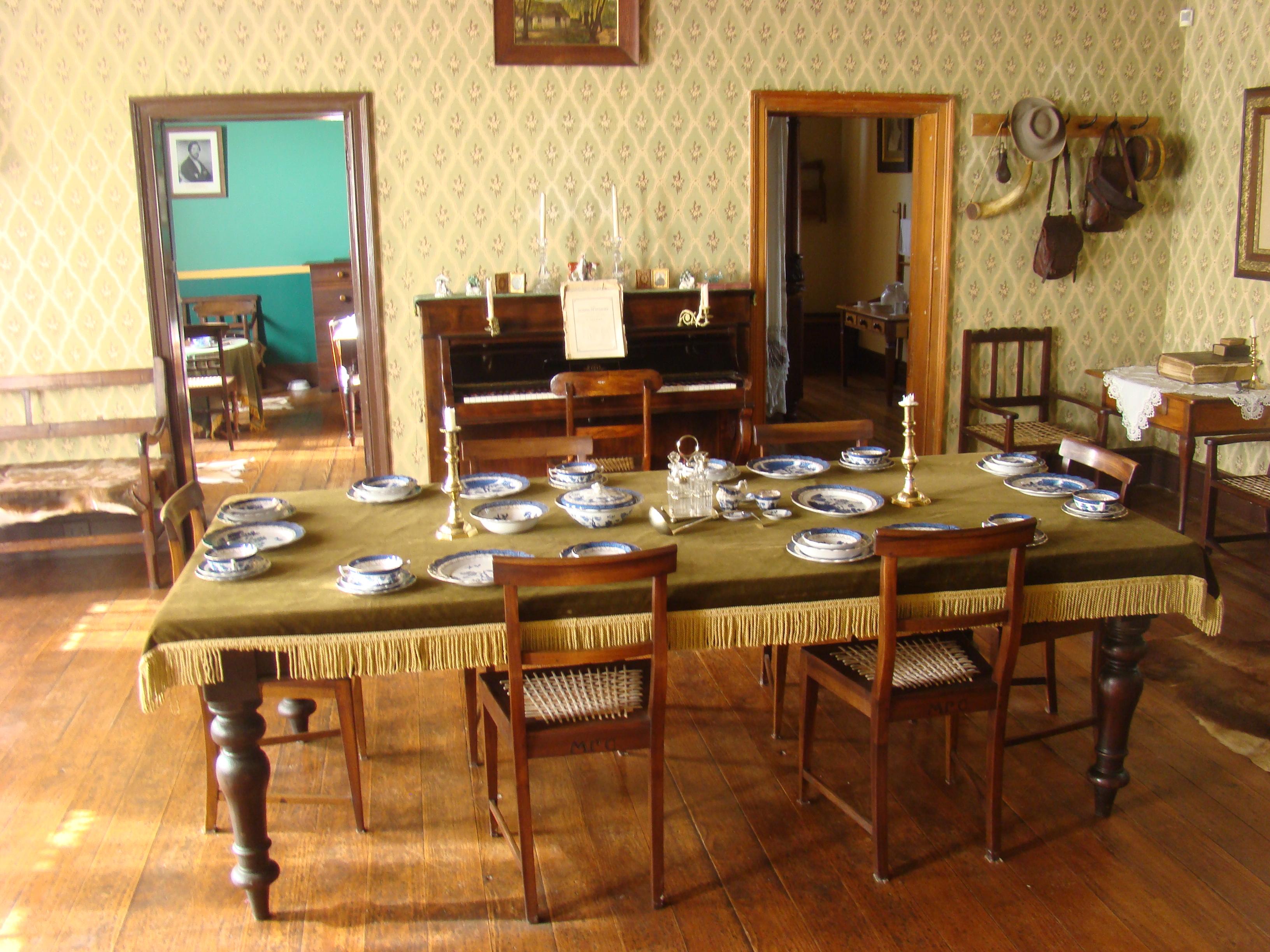 File Living Room Of The President Pretorius Museum