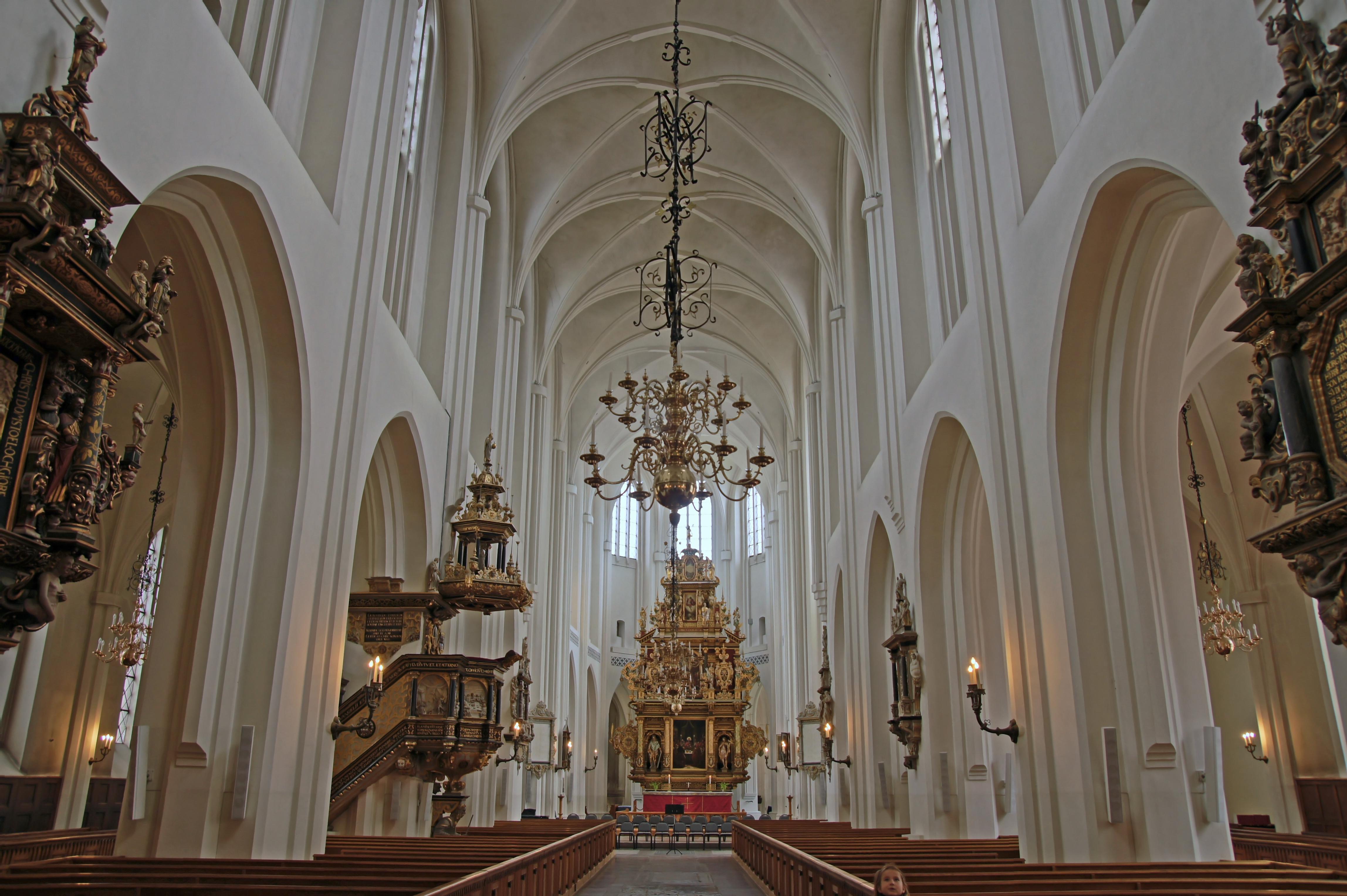 Fil:Malmo St Peter Sweden satisfaction-survey.net Wikipedia