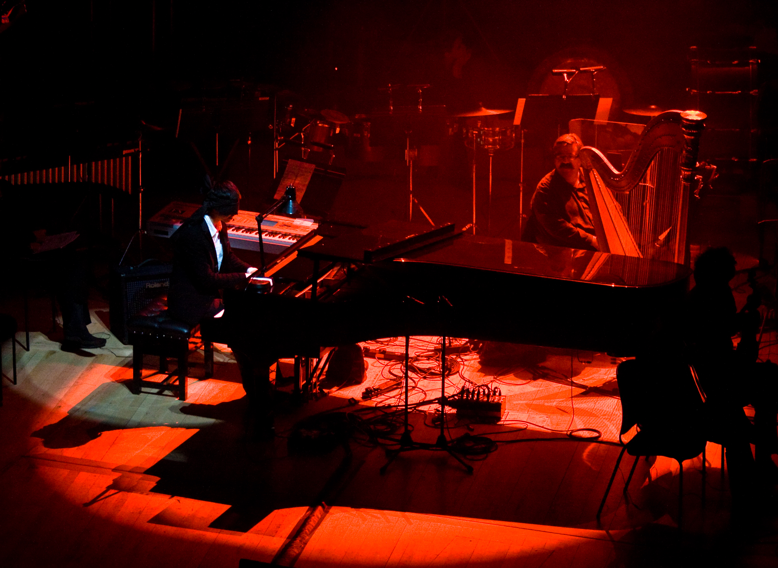 Martin Leung Performing at Video Games Live.jpg English: The Video Game Pianist performing in October 2008 on stage at the Royal Festival Hall