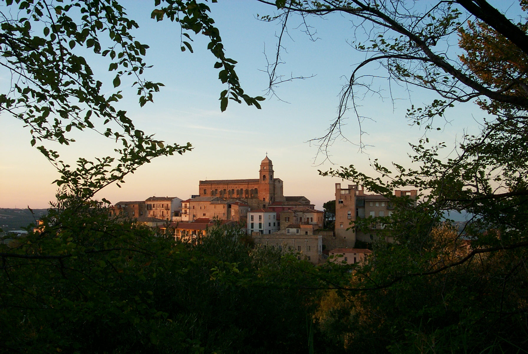 Abruzzo Towns & Charming Medieval Villages of Abruzzo