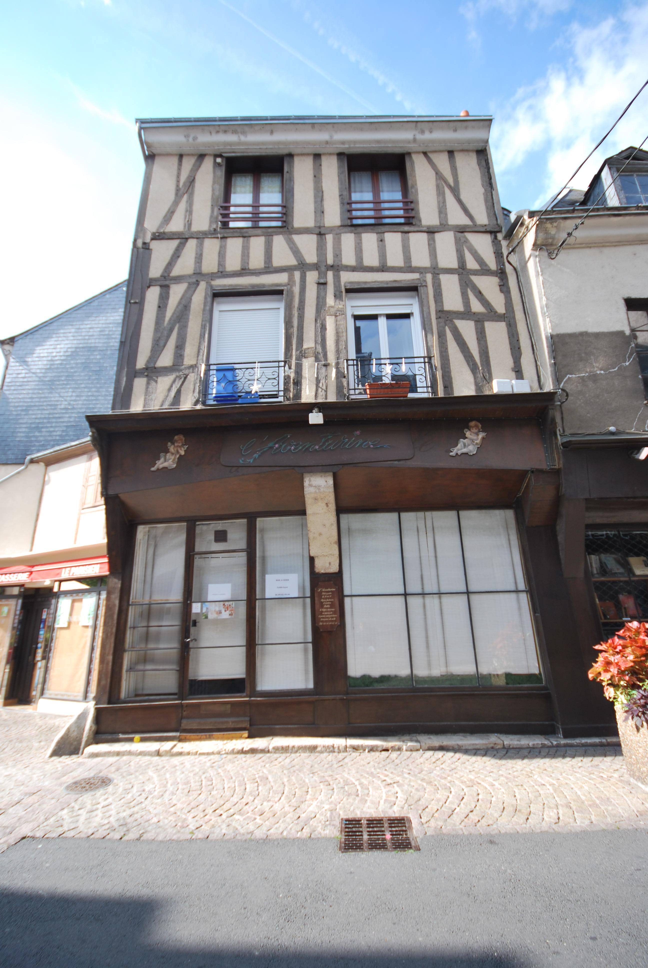 File Nd Maison A Pans De Bois 4 Rue De La Renarderie A Vendome Jpg Wikimedia Commons