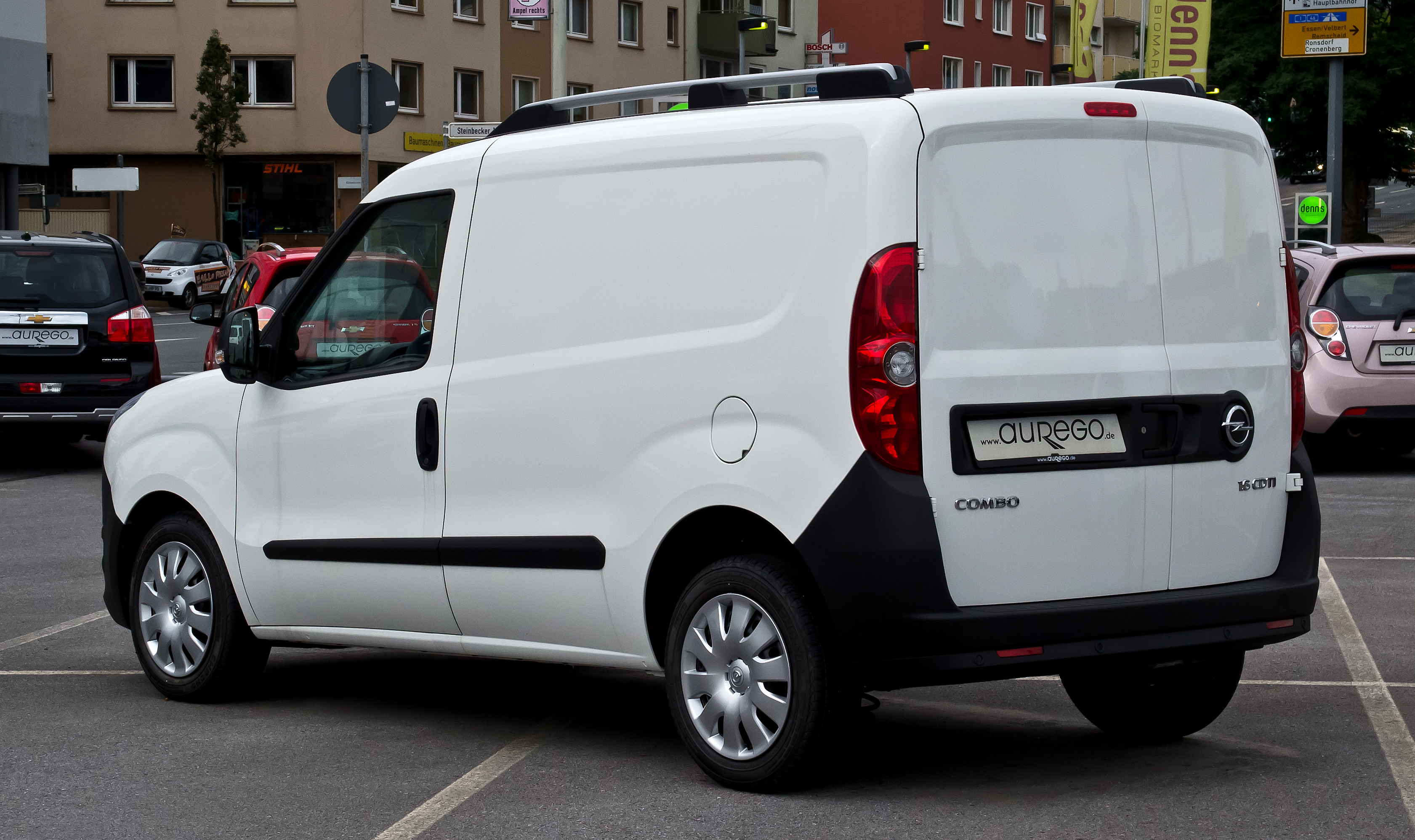 opel combo wikiwand. Black Bedroom Furniture Sets. Home Design Ideas