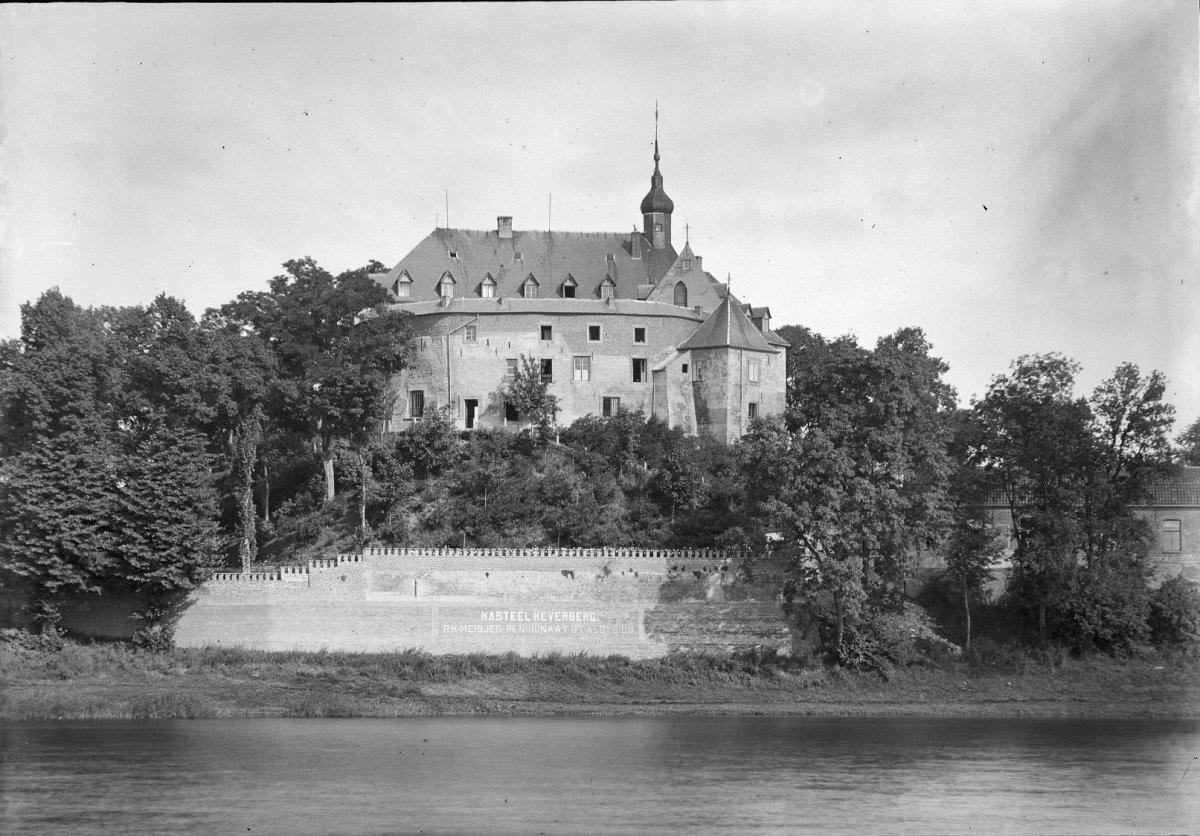 Burg Kessel - Kasteel Keverberg im Jahre 1929