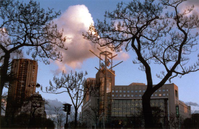 File:Paris PlacedelItalie.jpg