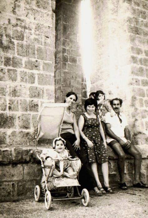 פורטרט משפחתי ישראלי בעתיקות בית שאן