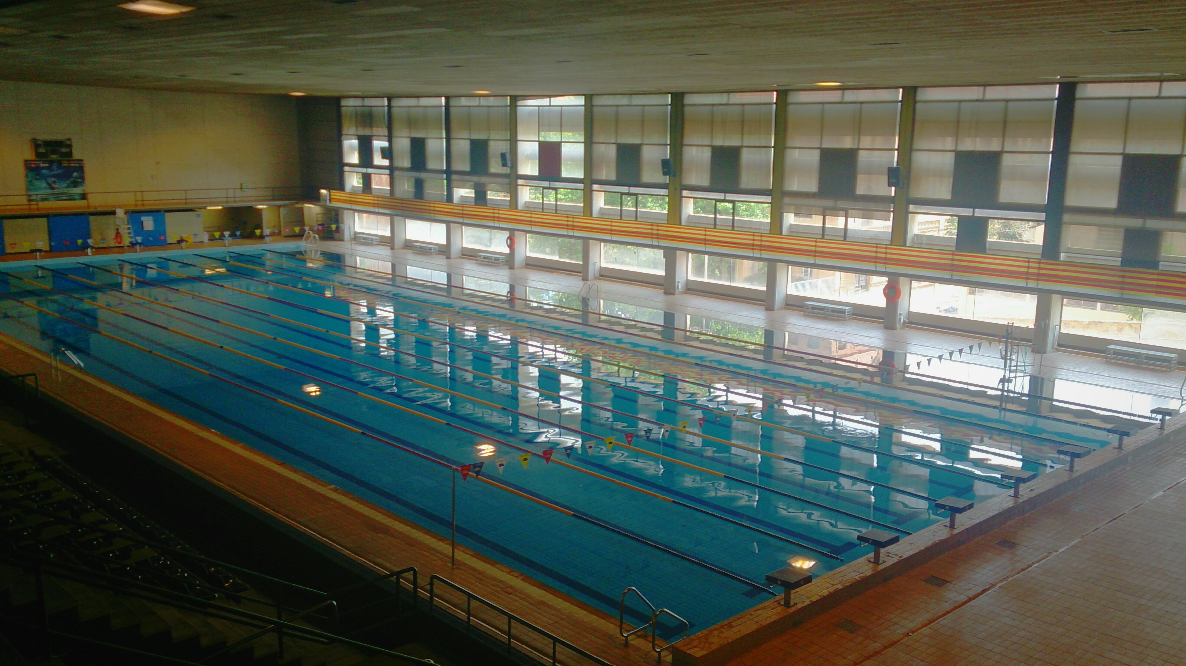 file piscina sant jordi interior barcelona jpg