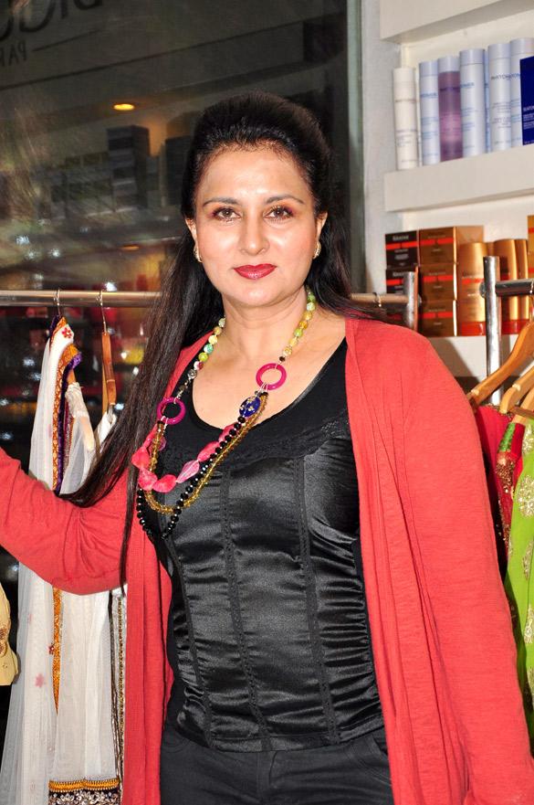 Poonam Dhillon Prettiest Indian Actress