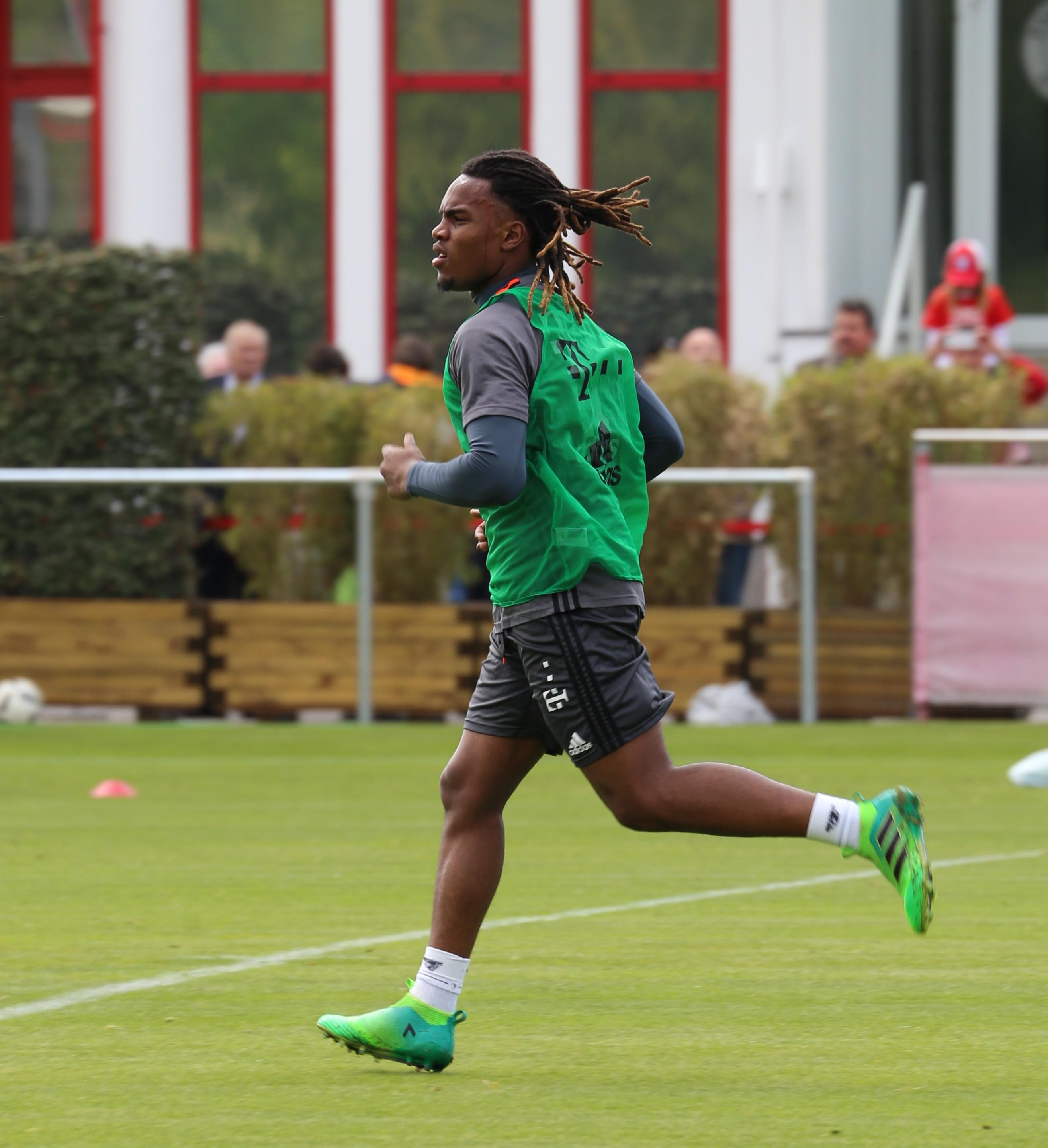 File Renato Sanches Training 2017 05 FC Bayern Muenchen 9