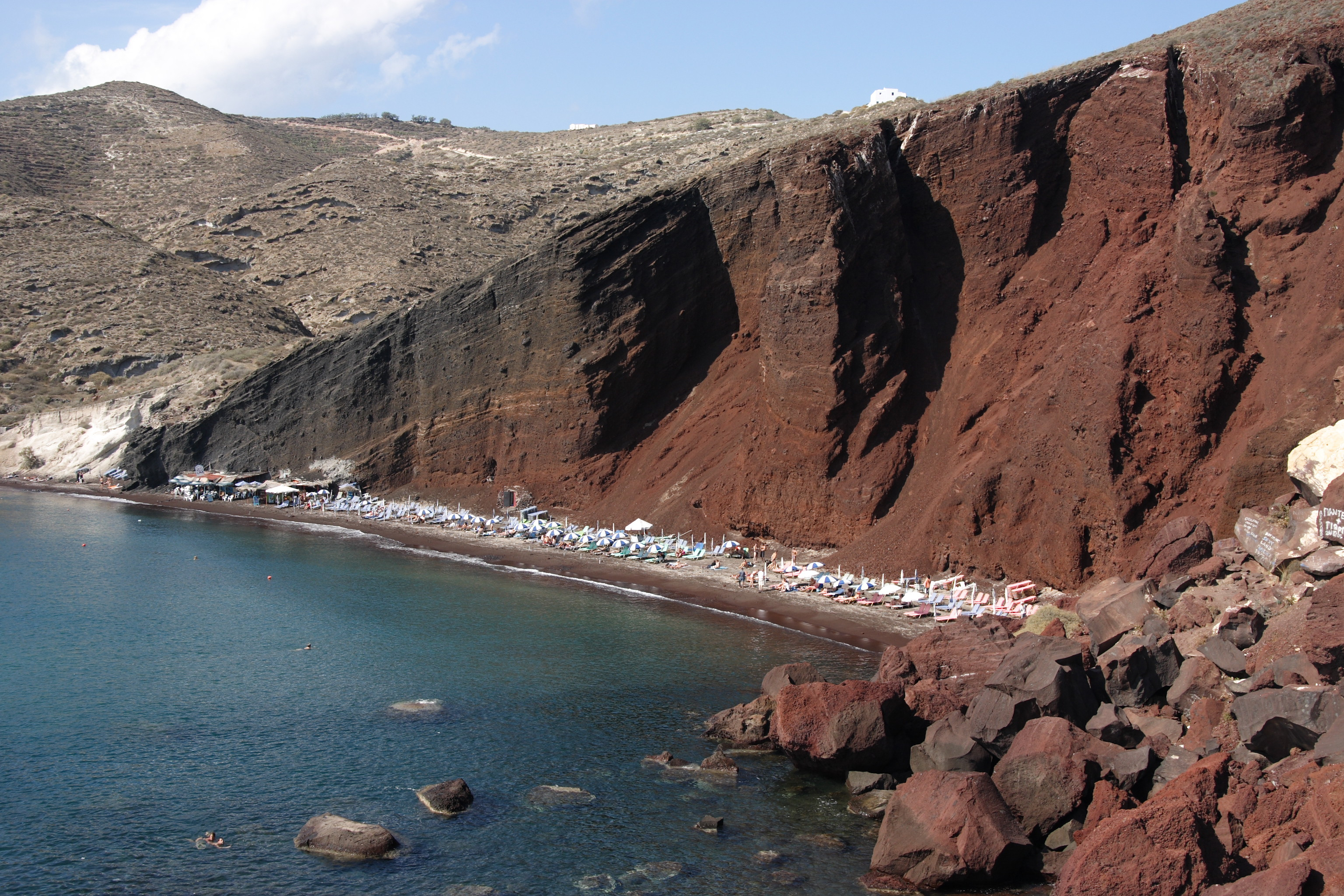La playa roja. Fuente: Wikipedia