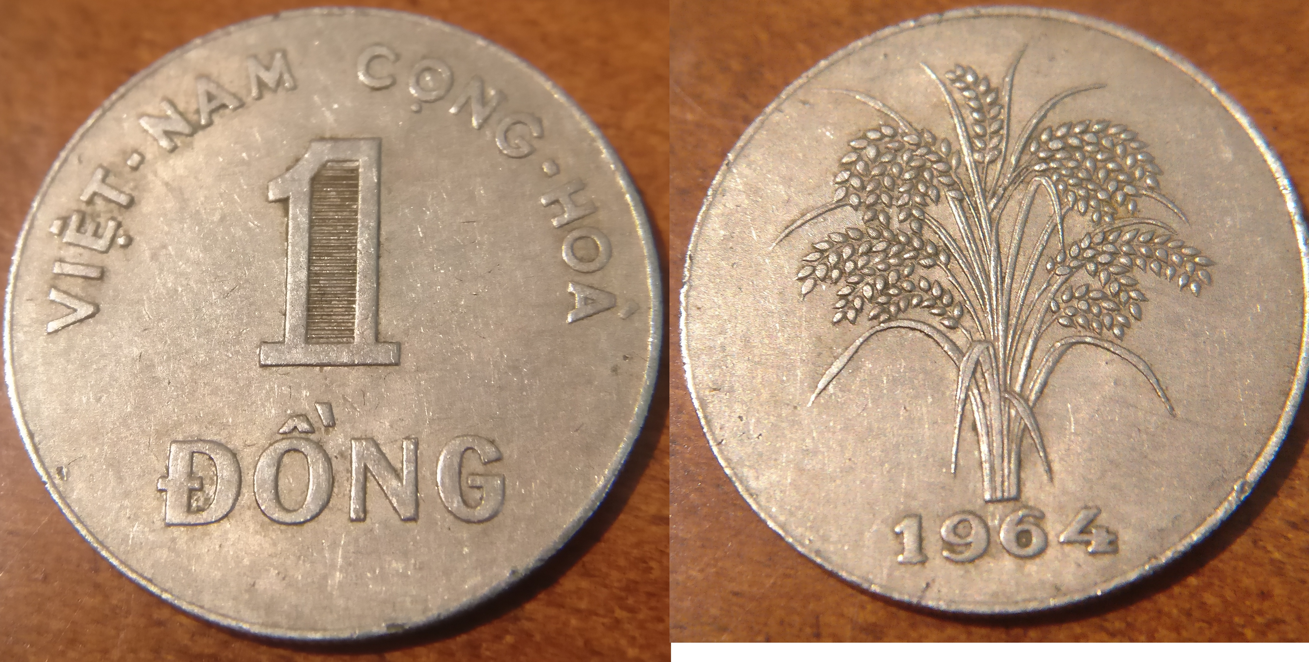 A South Vietnamese 1 đồng Coin From 1964