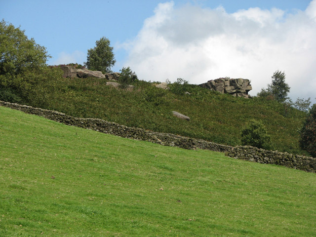 Stanton Moor, gritstone outcrops - geograph.org.uk - 1455691