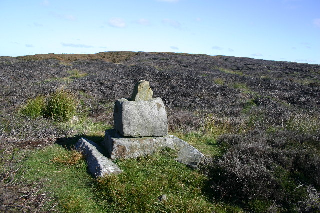 Stump Cross, near Danby Beacon - geograph.org.uk - 77266