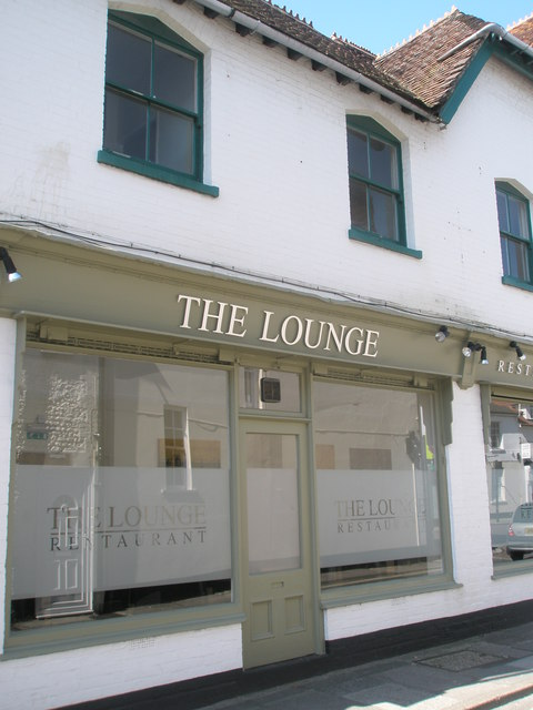 File:The Lounge - geograph.org.uk - 835428.jpg