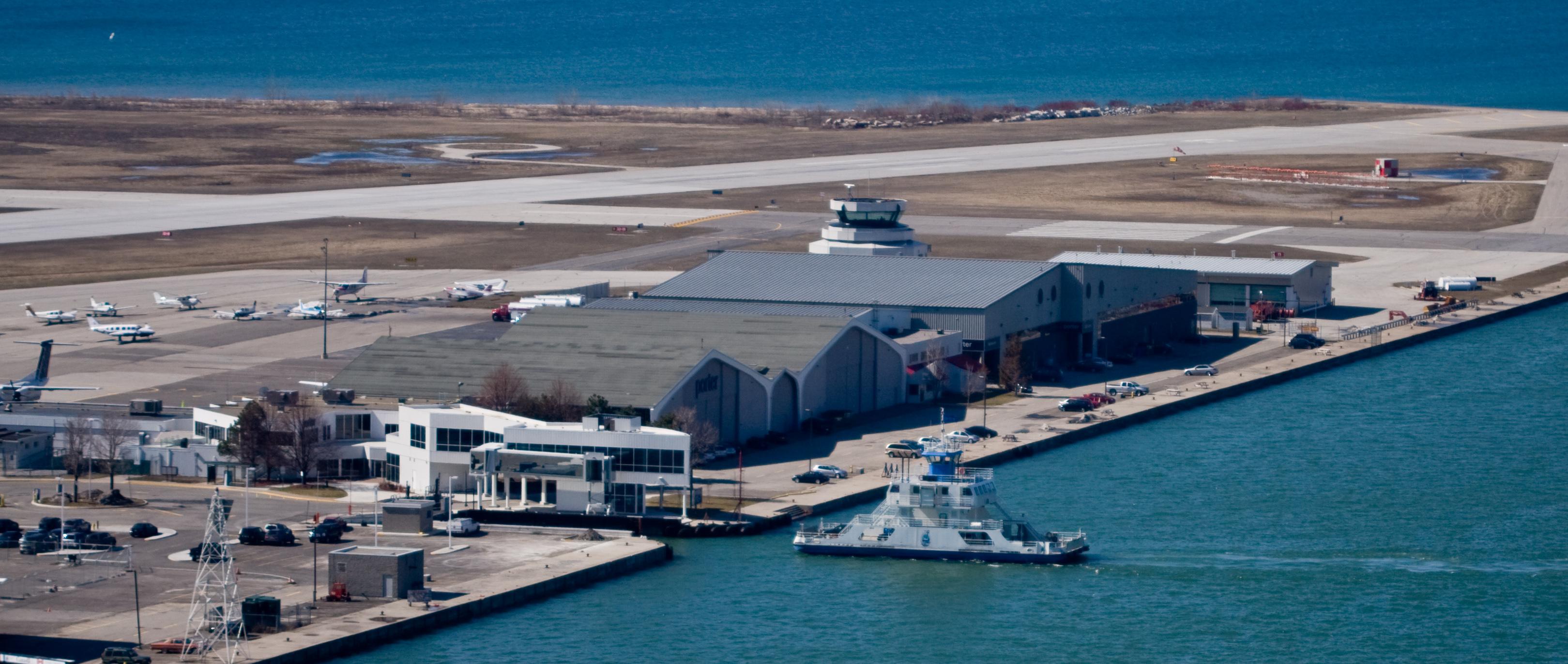 Island Airport Ferry Toronto