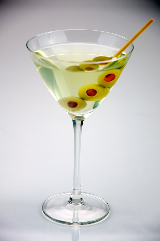 File triple olive dirty martini evan for Martini cocktail