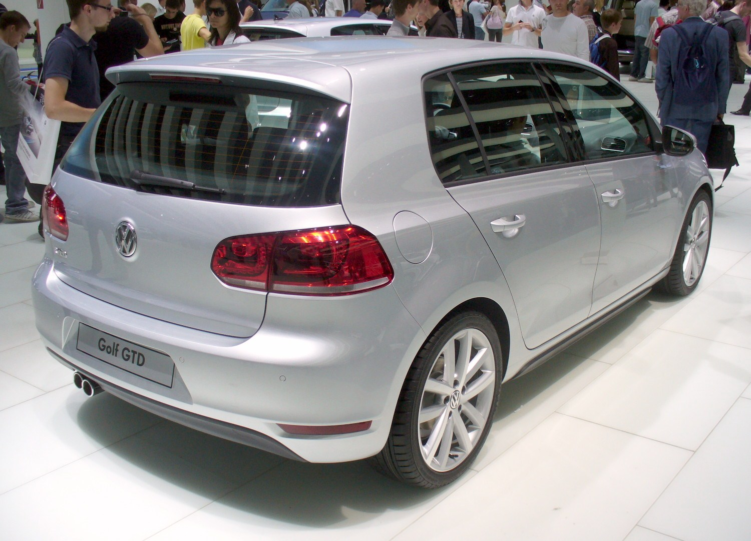 file vw golf vi gtd reflexsilber heck jpg wikimedia commons. Black Bedroom Furniture Sets. Home Design Ideas
