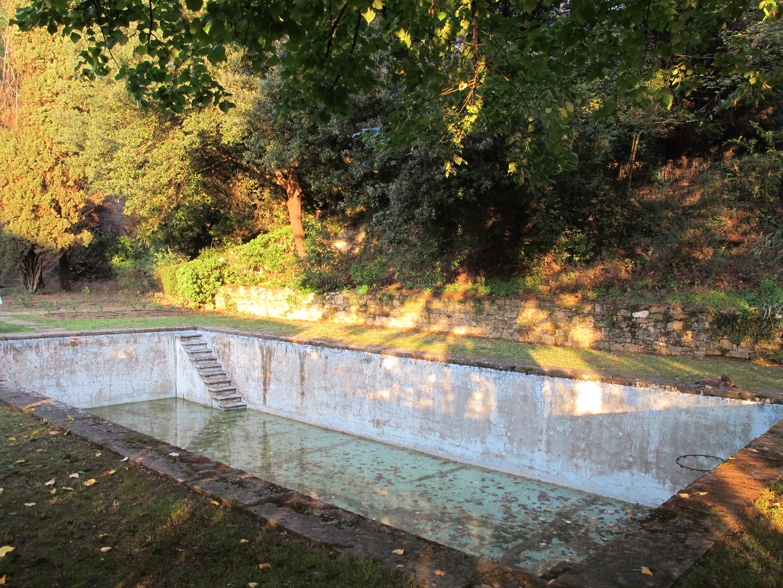 File villa sparta parco piscina rasoterra 04 jpg wikipedia for Pietro porcinai