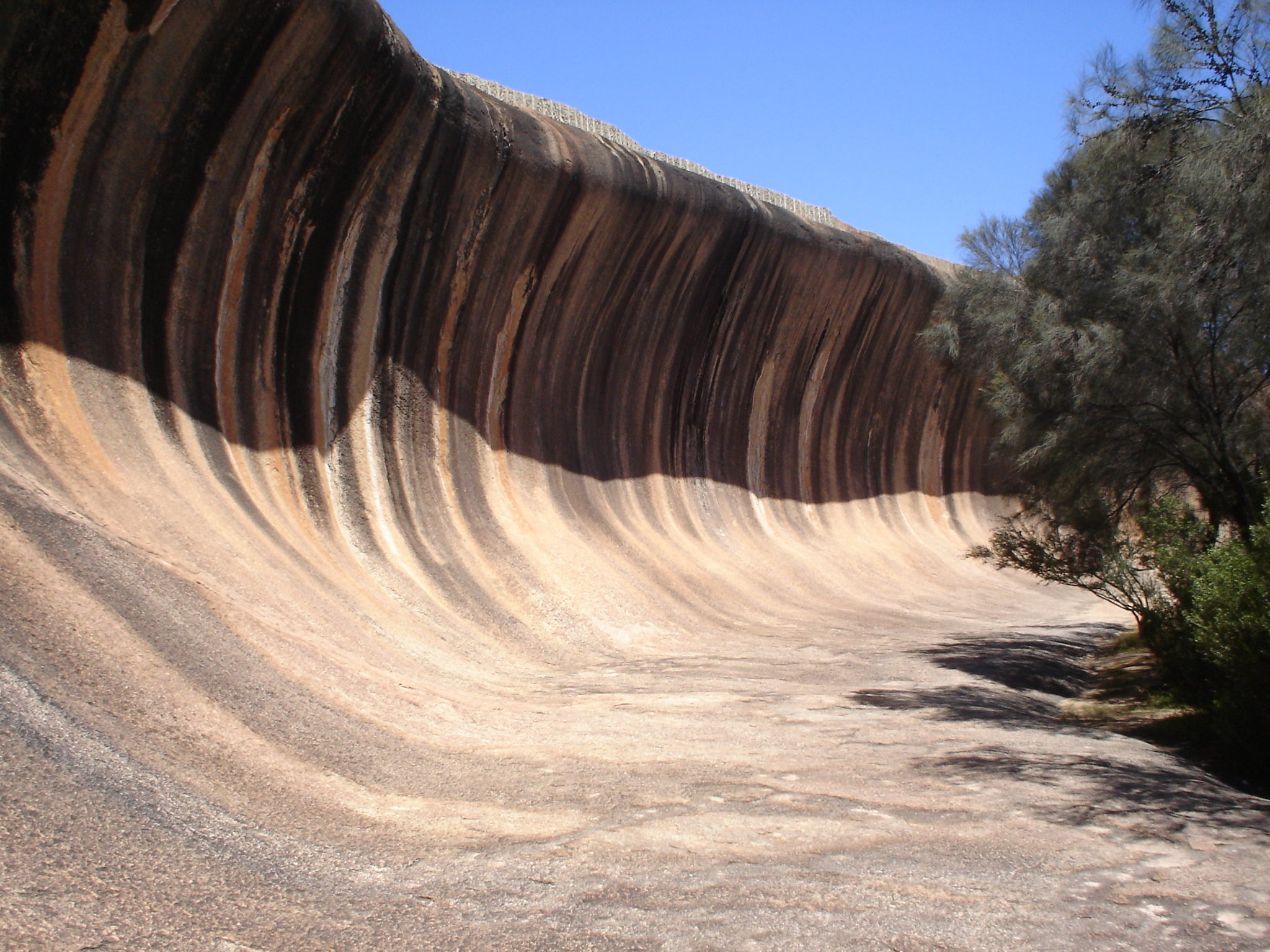 wave rock gambar