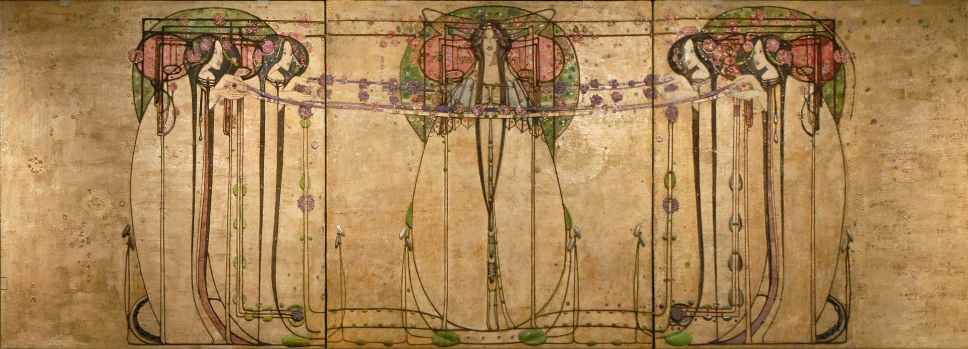 file the may queen de margaret macdonald glasgow 3803689322 jpg wikimedia commons. Black Bedroom Furniture Sets. Home Design Ideas