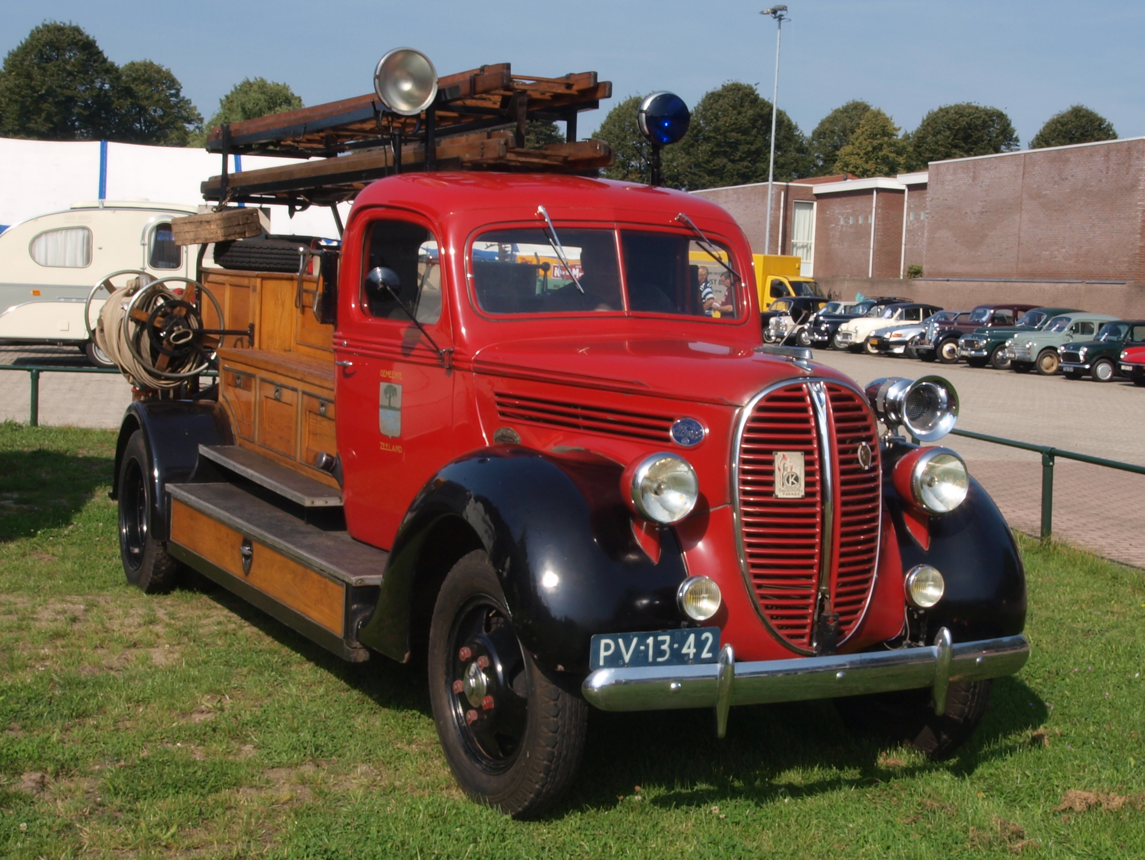 1956 Ford Fire Truck : File ford fire engine photo g wikimedia commons