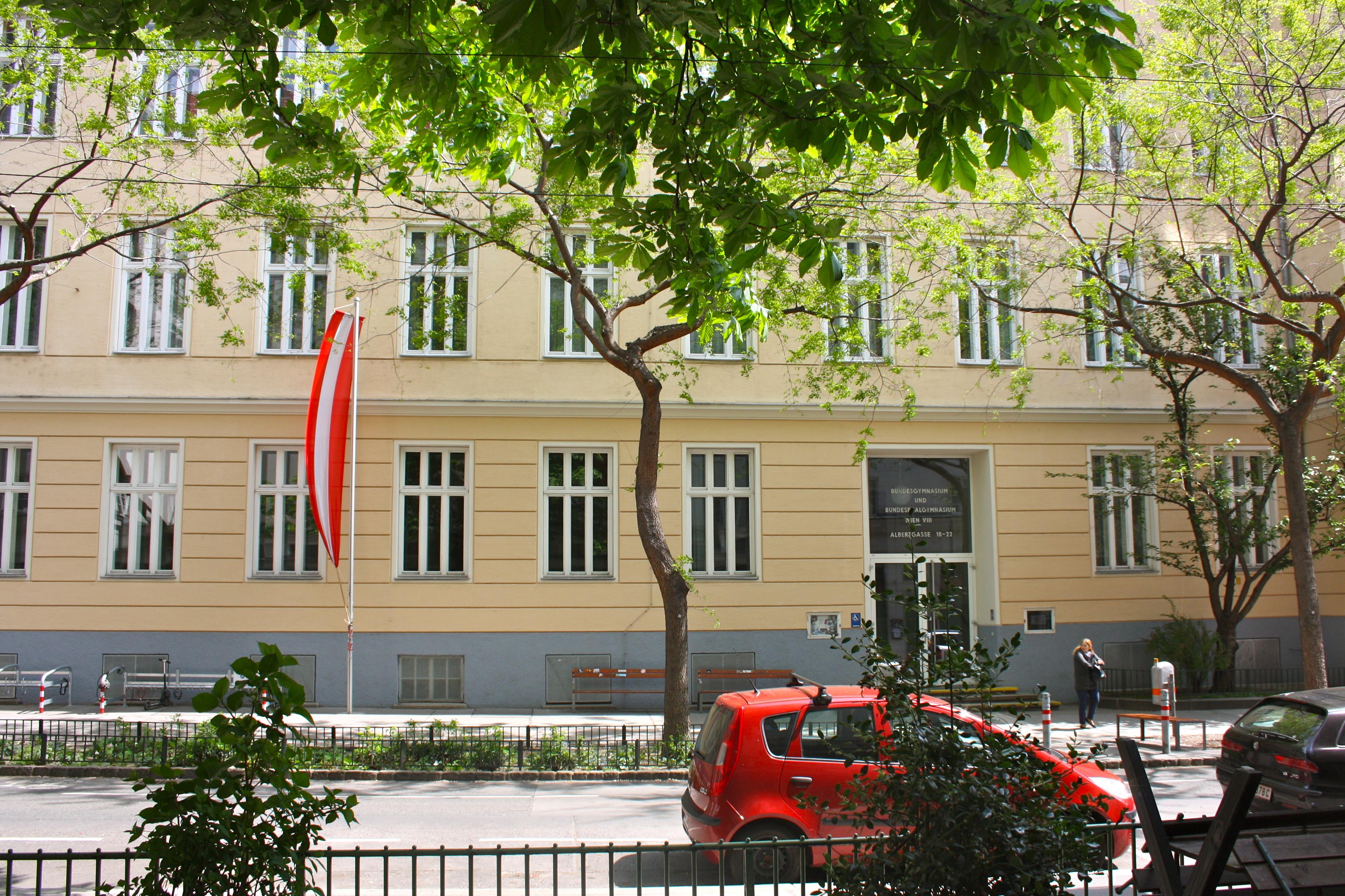 BG BRG Wien VIII a.jpg