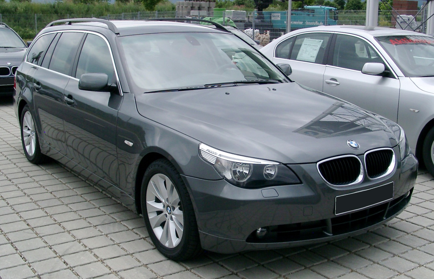 File Bmw E61 Front 20080524 Jpg Wikimedia Commons