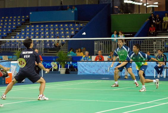 http://upload.wikimedia.org/wikipedia/commons/7/77/Badmintonpan.jpg