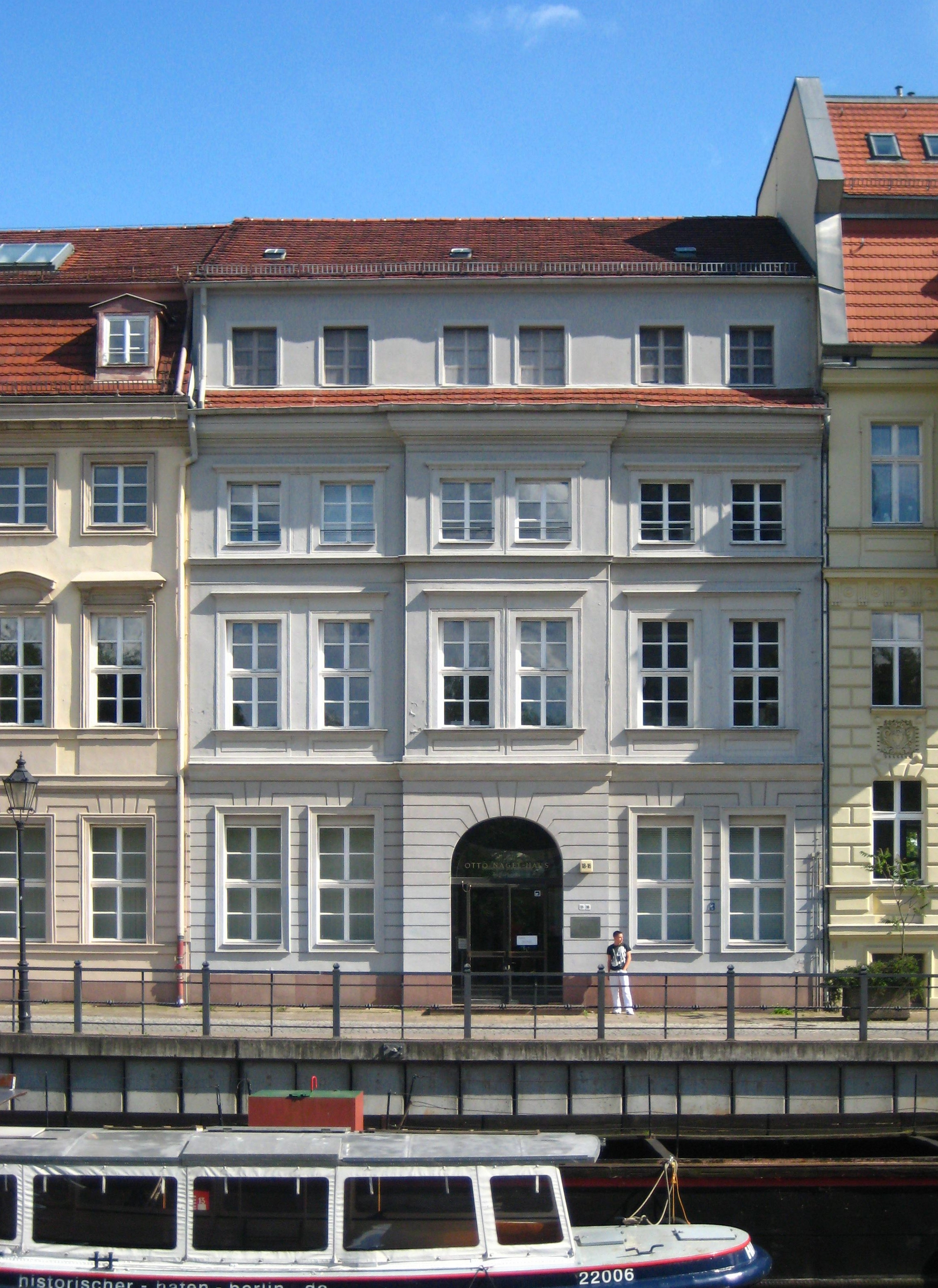 file berlin mitte m rkisches ufer 16 otto nagel haus wikimedia commons. Black Bedroom Furniture Sets. Home Design Ideas