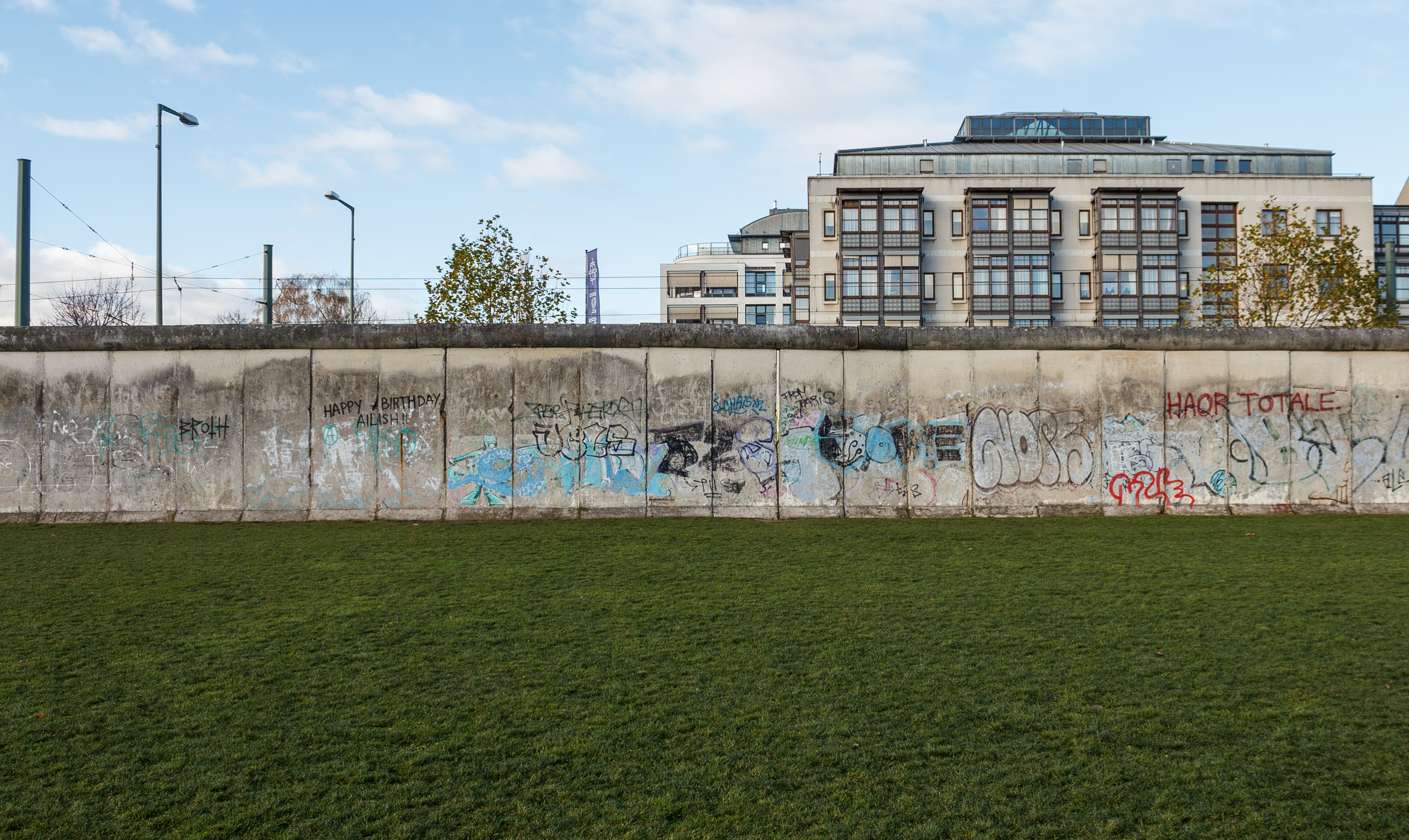 berlin wall remains map